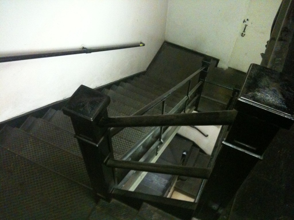 Apartment-Stairwell-Los-Angeles-Filming-Location-Herald-Examiner
