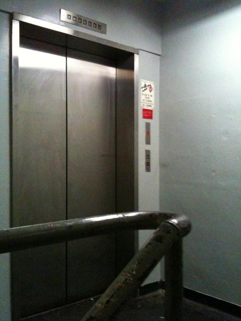Warehouse-Industrial-Elevator-Los-Angeles-Filming-Location-Herald-Examiner