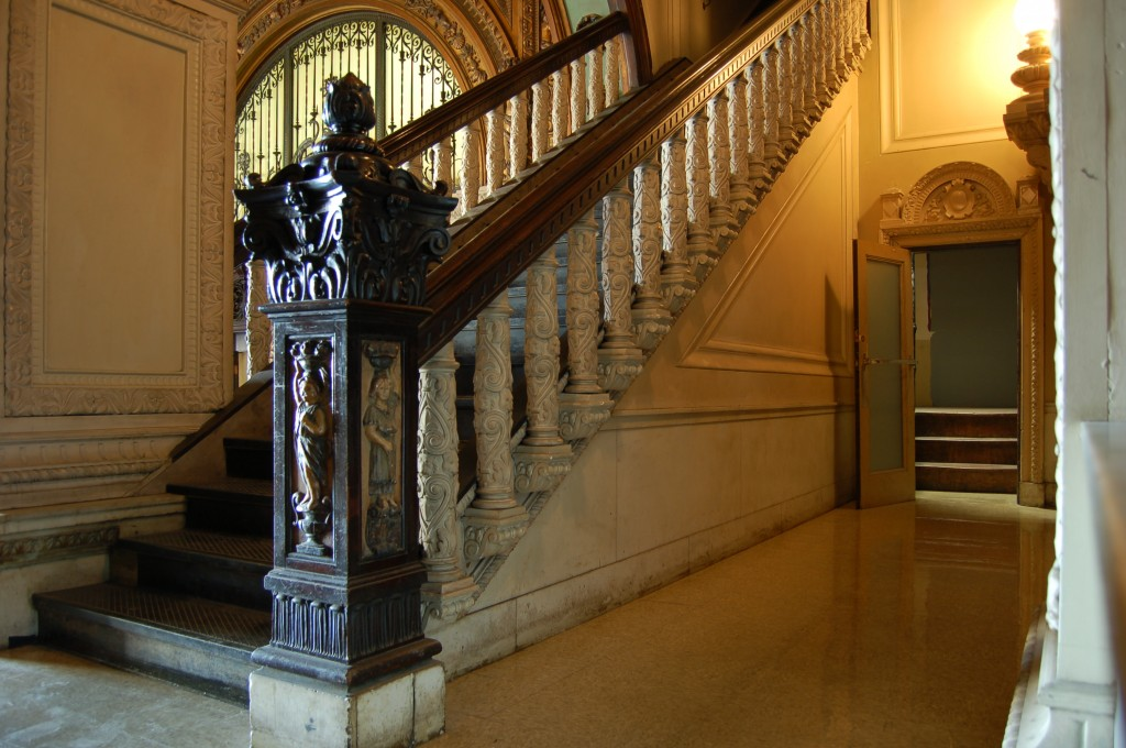 Grand-Lobby-Stairs-Hall-Hotel-Los-Angeles-Filming-Location