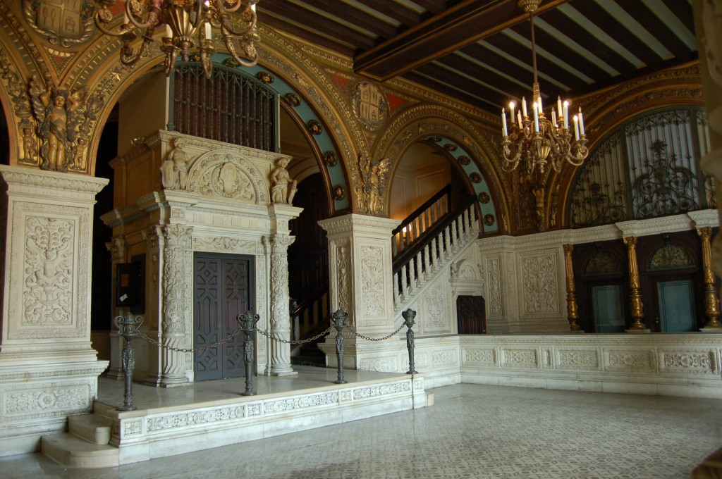 Main-Lobby-Entrance-Rotunda-Los-Angeles-Filming-Location